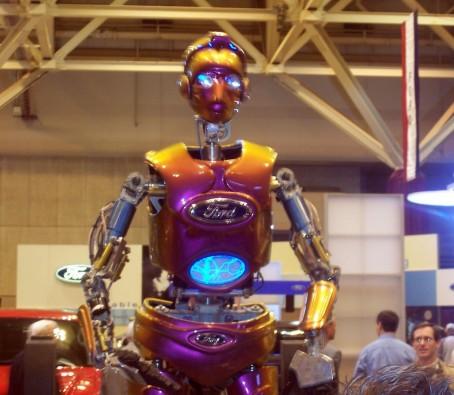 car-show-ford-robot-2.jpg
