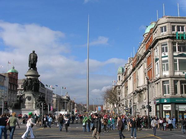 800px-Dublin_O'Connell_Street2.jpg