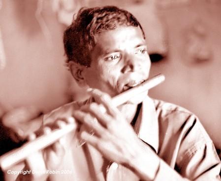joueur_de_flute_puri_inde.jpg